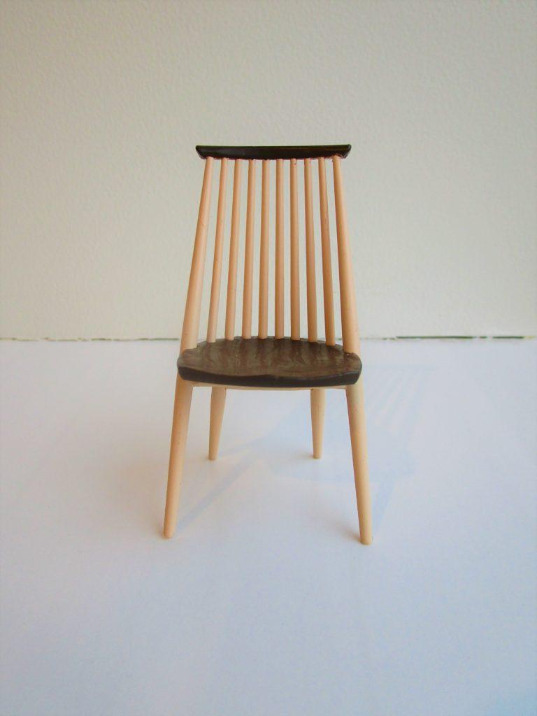 KASHIWAの椅子を買う
