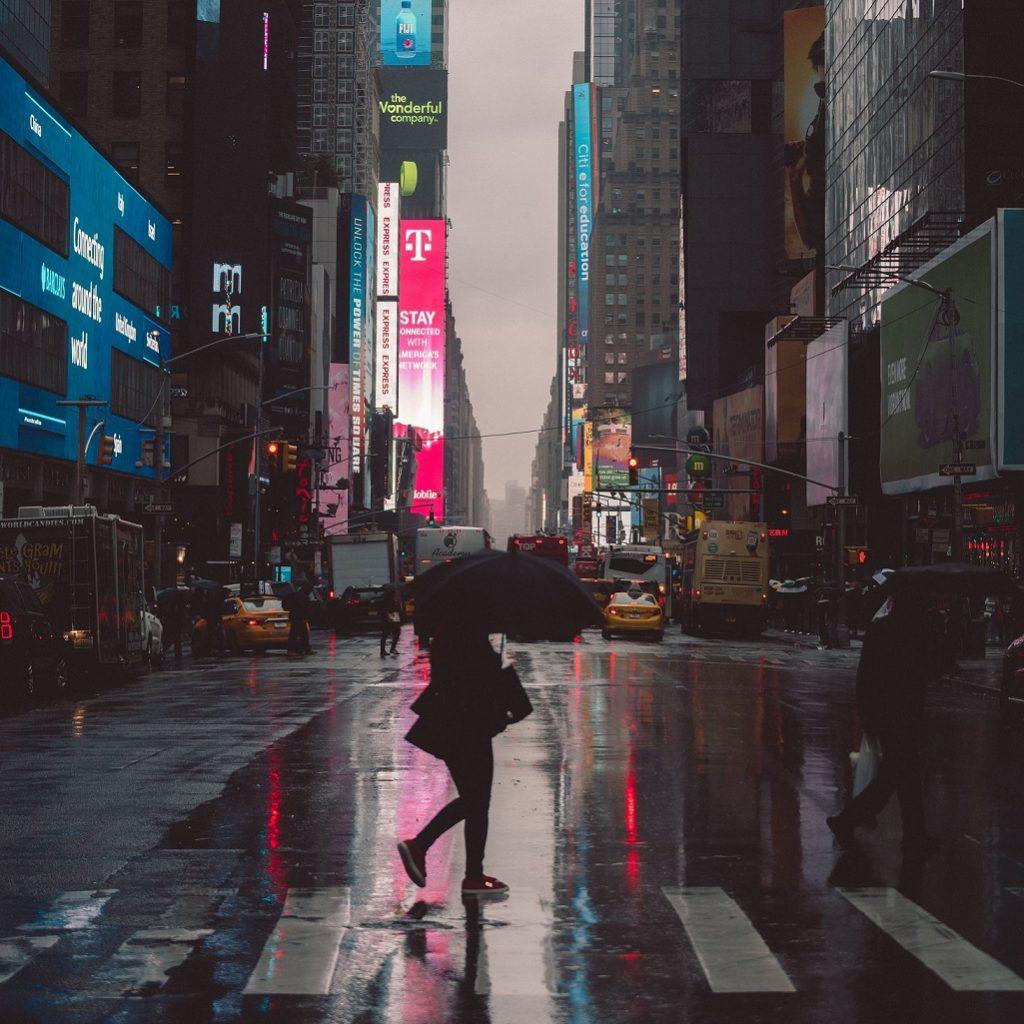 工事現場と雨の関係